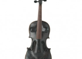 0940_Christina_Kruesi_Art_Female_Violine_2005_Wax_Violine_58x28x11cm